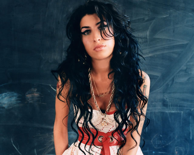 2015-04-27-amy-winehouse